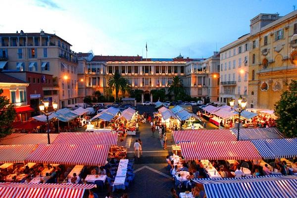 Cours Saleya in Vieux Nice
